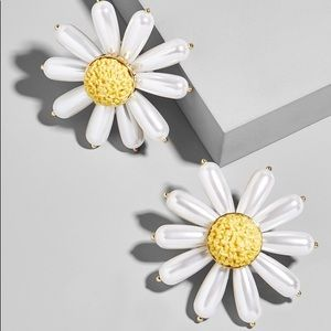 Baublebar daisy earrings